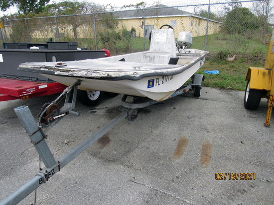 1996 Carolina Skiff J16 Center Console Boat Continental Boat Trailer