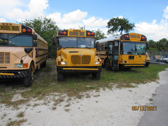 2002 AMTRAN School Bus