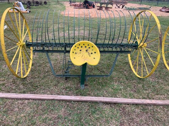 JOHN DEERE DUMP RAKE WITH TONGUE
