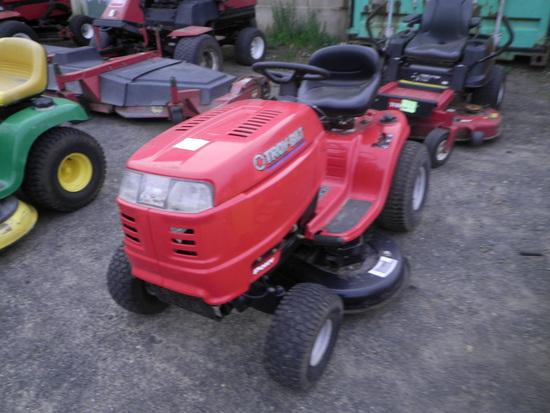 TROY-BILT 42' Deck Lawn Tractor
