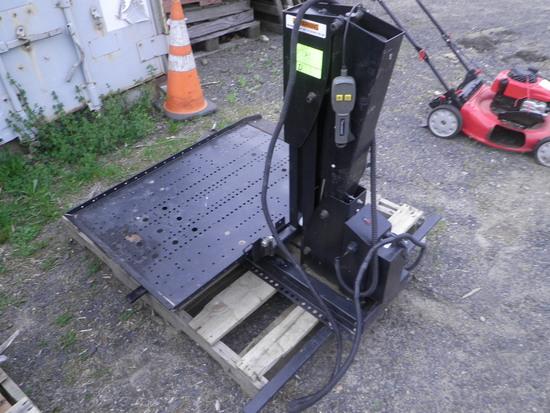 12 volt Wheel Chair Lift