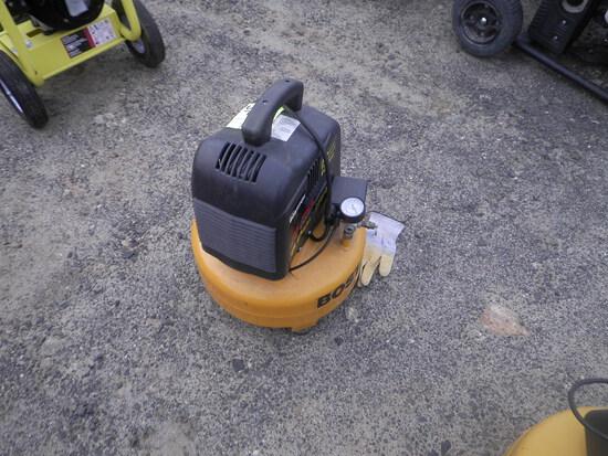BOSTITC 6 gal 135 psi Electric Air Compressor
