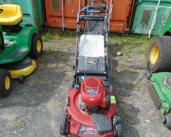 TORO 22'' Recycler Lawn Mower