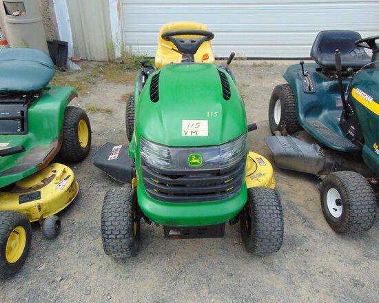 JOHN DEERE L1000 42'' Lawn Mower, 5spd