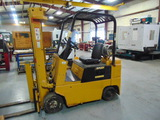 FORKLIFT, YALE APPROX. 5,000 LB. BASE CAP. MDL. N/A, LPG, triple stage mast