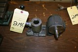 LOT CONSISTING OF: C5 vertical collet holder & C5 horizontal 15
