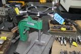 HAND CRANK TAPPING MACHINE, CEDARBERG 8200-002 #8 - 3/4