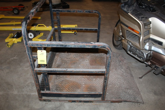 FORKLIFT TYPE MANLIFT PLATFORM   (Located at: Accurate, Inc., 1200 East 4th