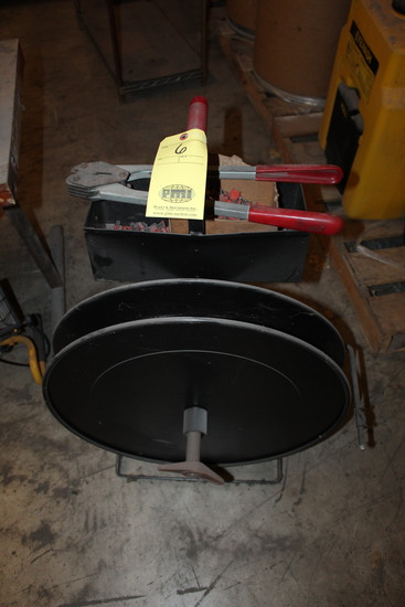 BANDING CART, w/tools   (Located at: Accurate, Inc., 1200 East 4th Street,