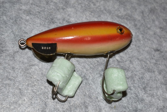Winchester – No. 9206 Rainbow Color Plug Bait – Both Eyes are Intact – Small Amount of Finish Missin