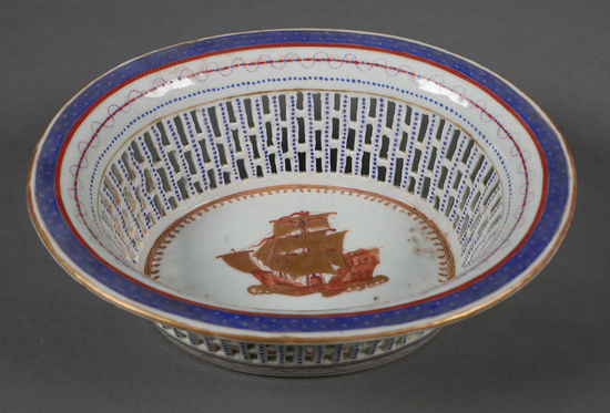 Chinese Export American Flag Eagle Pierced Bowl