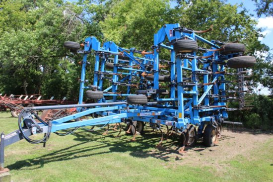 "DMI 40.5"" TIGER MATE FIELD CULTIVATOR, DOUBLE"