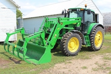 2010 JOHN DEERE 7230 PREMIUM MFWD, POWER QUAD,