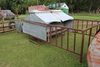 SMALL CATTLE CREEP FEEDER WITH SIDES