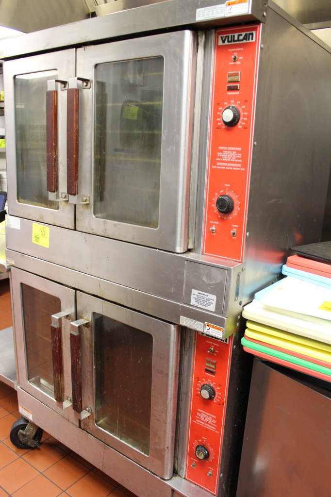 VULCAN 2 TIER NATURAL GAS COMMERCIAL OVEN