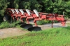IH 720 5-16'S PLOW, AR, COULTERS