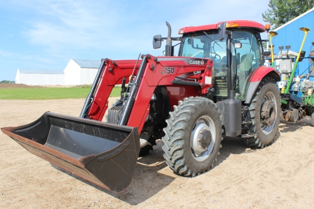 2008 CASE IH 125 MAXXUM PRO, MFWD, 798 HOURS SHOWING,