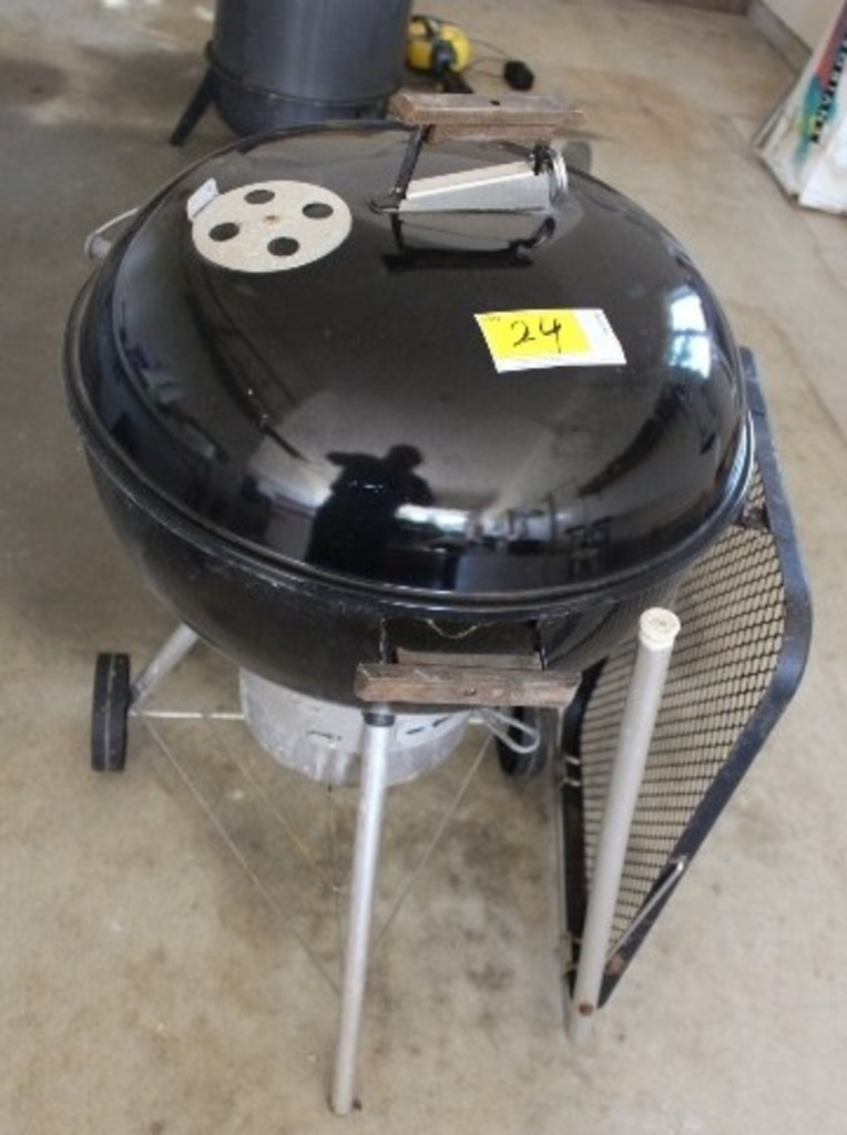 Weber Side Table.Lot Weber 22 Charcoal Grill With Side Table Proxibid Auctions