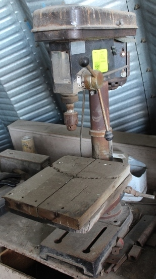UNITED BENCHTOP DRILL PRESS