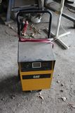 CAT MODEL CBC40EW BATTERY CHARGER