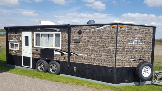 *** 2017 8' X 21' American Surplus Ice Castle Rv