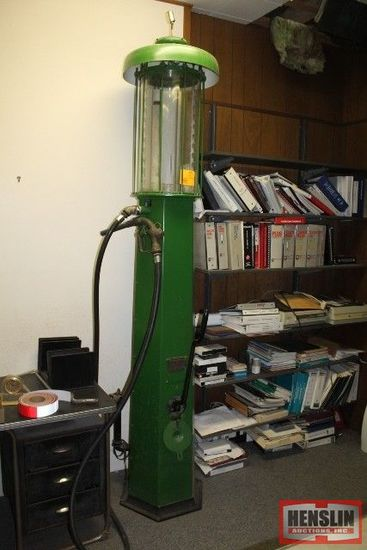 WAYNE 711 GREEN VISABLE PUMP, GLASS CYLINDER,