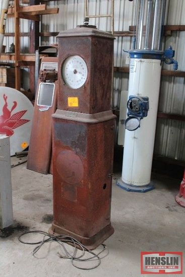 BENNETT METER GAS PUMP, ONE GLASS IS GOOD,