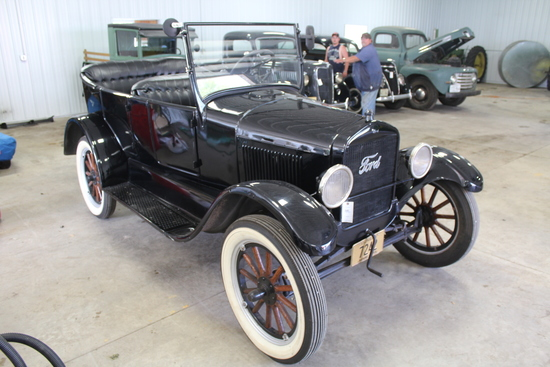 *** 1926 FORD MODEL T, TOURING, RESTORED, WOOD
