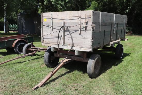 6' X 10' WOOD BARGE BOX, ON 4 WHEEL GEAR, HOIST