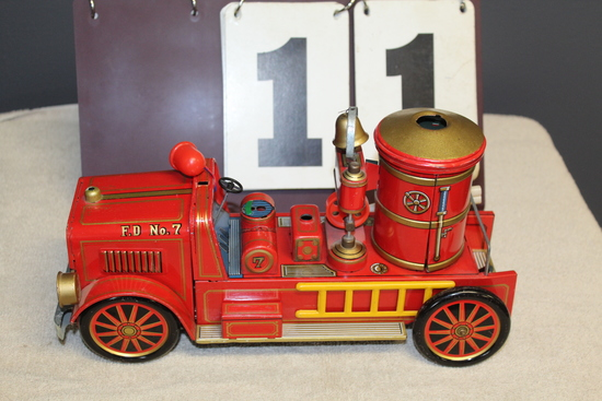 BATTERY OPERATED TIN FIRE TRUCK #7, NO BOX