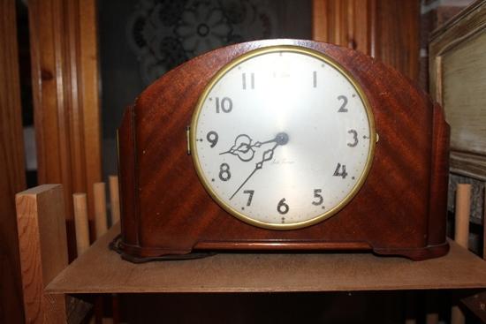 SETH THOMPSON MANTAL CLOCK-ELECTRIC