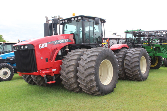 2012 VERSATILE 500 4WD TRACTOR, 2129 HOURS SHOWING