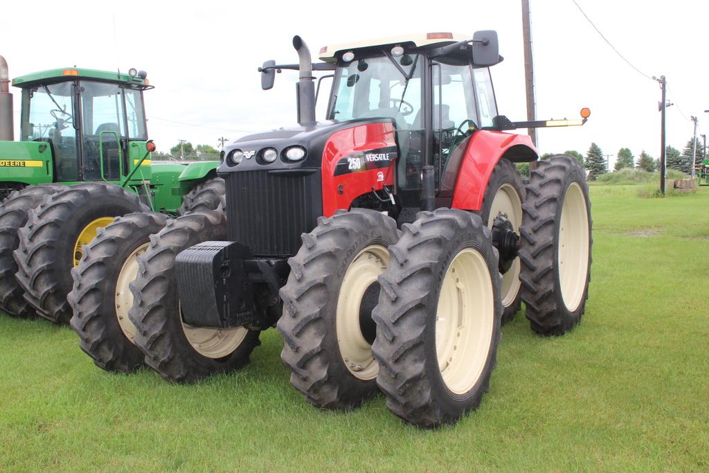 2012 VERSATILE 250 MFWD TRACTOR, 2555 HOURS