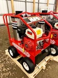 NEW EASY KLEEN MAGNUM GOLD 4000 PSI HOT WATER PRESSURE WASHER, SELF CONTAINED, 15 HP GAS ENGINE