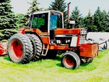 IH 1486 TRACTOR, 2-HYDS, 3PT, QUICK HITCH, 540/1000 PTO, 18.4R38 HUB DUALS, 7,645 HOURS SHOWING