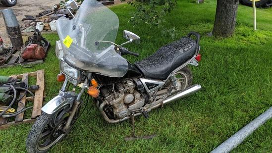YAMAHA 750 MOTORCYCLE, NOT RUNNING, NO PAPERWORK