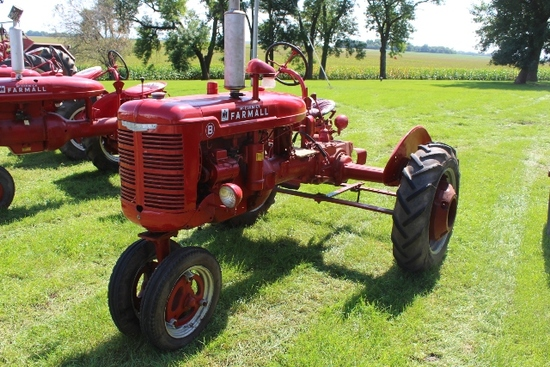 FARMALL B, NF, LIGHTS, FENDERS, PTO, PULLEY,