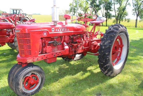 FARMALL H, NF, SINGLE HYD, LIGHTS, PTO, PULLEY,