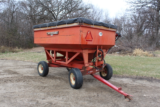 J & M APPROX 200 BUSHEL GRAVITY BOX, WITH