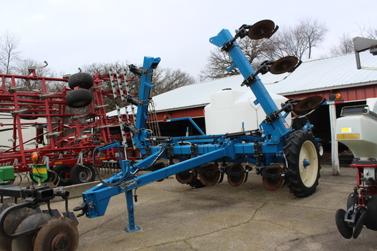 "2013 AG SYSTEMS LIQUID APPLICATOR, 12R30"","