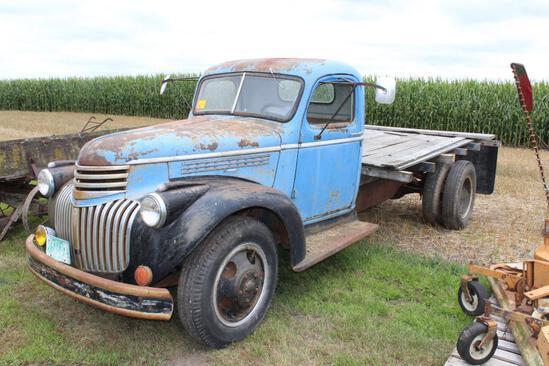 *** 1946 Chev Single Axle Truck, In-line 6 Cyl, Wood Flatbed, Hoist, Ran 4 years ago
