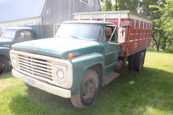 ***1967 FORD F-600 SINGLE AXLE TRUCK WITH