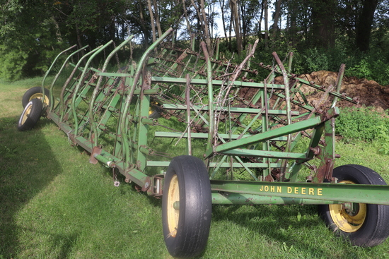 JD 7 SECTION COIL TINE DRAG ON HYD CART