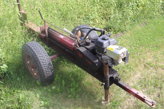 LOG SPLITTER W/ GAS ENGINE ON TWO WHEELS