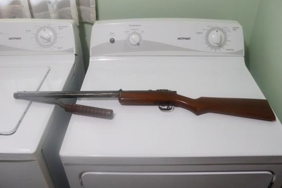 BENJAMIN FRANKLIN PUMP BB GUN