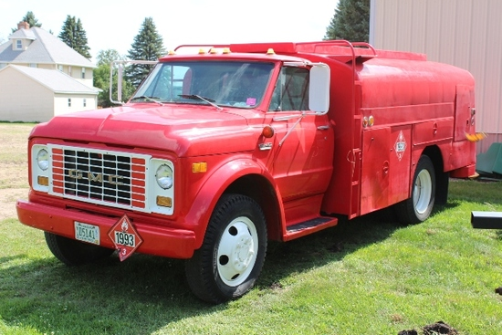 ***  1971 GMC 5500 BULK FUEL TRUCK, SINGLE AXLE,