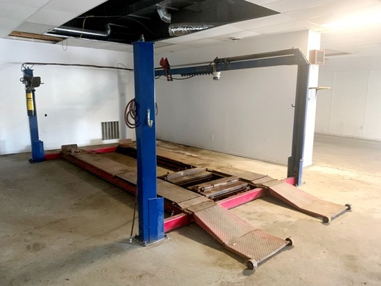 4 POST, 12,000 LB AUTO HOIST, ELECTRIC OVER HYD,
