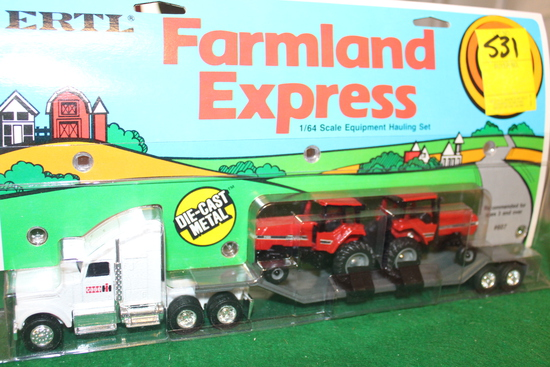 1/64 FARMLAND EXPRESS INTERNATIONAL EQUIPMENT