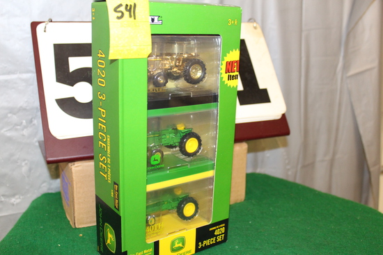 1/64 JOHN DEERE 4020 3-PIECE SET, 40TH ANNIVERSARY,