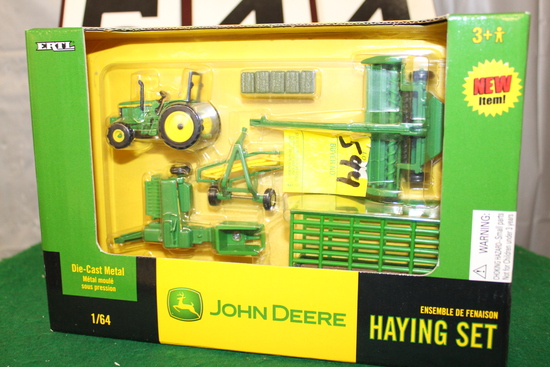 1/64 JOHN DEERE HAYING SET, NIB